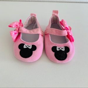 Baby girl Minnie Mouse shoes